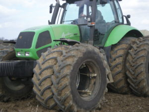Deutz Fahr with duel wheels